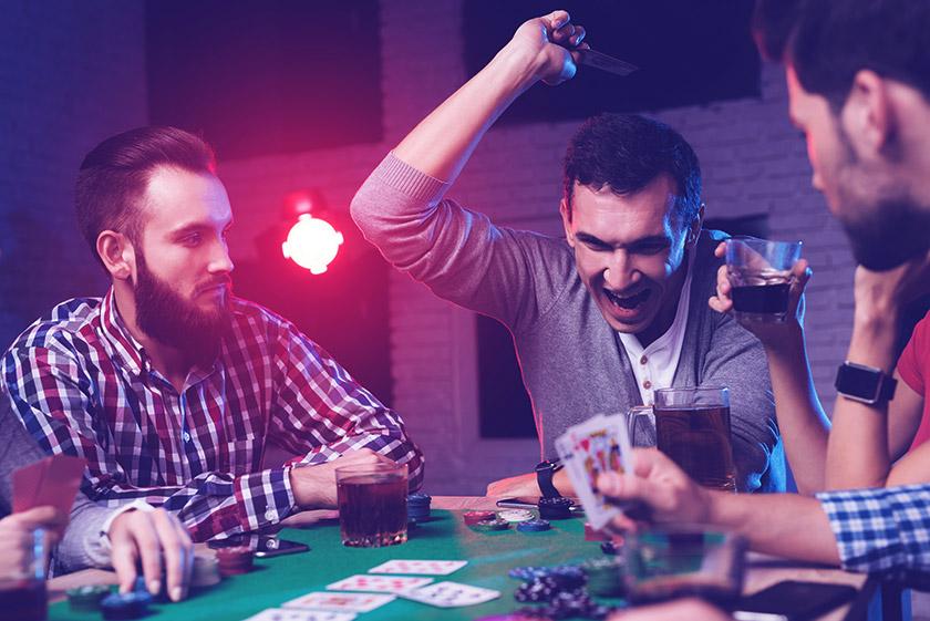 Чрезмерный блеф - ошибка новичка в покере.